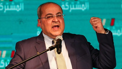 Członek Wspólnej Listy Arabskiej przemawia w kwaterze głównej swojej partii w arabskim mieście Szfar'am podczas trzeciej rundy izraelskich wyborów 2 marca 2020. Zdjęcie: David Cohen/Flash90.