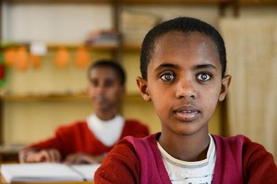 Zdjęcie: ETIOPIA, Amhara, Gondar, szkoła dla niewidomych dzieci.Joerg Boethling/ Alamy.