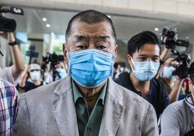 Wydawca z Hong Kongu, Jimmy Lai, wieloletni obrońca swobód obywatelskich i krytyk komunistycznego reżimu Chin, został skazany na rok i dwa miesiące więzienia za rolę w organizowaniu pokojowych, prodemokratycznych demonstracji.
