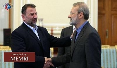 Salah Al-'Arouri (po lewej) z Alim Akbar Velajatim w Teheranie (zdjęcie: alalam.ir, 21 października 2017)